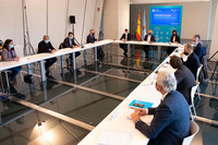 El vicepresidente 1º de la Xunt, en la reunión con los representantes de la hostelería.