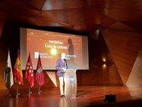 Alfonso Rueda,  en  el acto de las Comunidades gallegas en  Madrid.