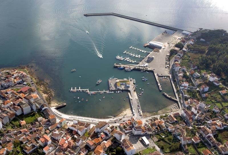 Photo aérienne du port de Camarinas