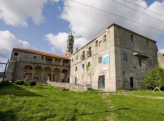 Monastery de Xunqueira de Espadanedo