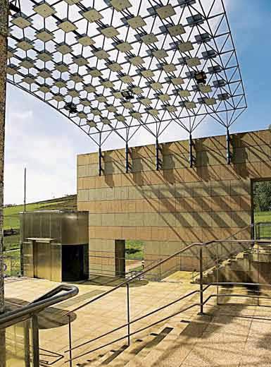 Arquitectura de vanguardia pabell n de galicia da expo 92 - Arquitectura de interiores coruna ...