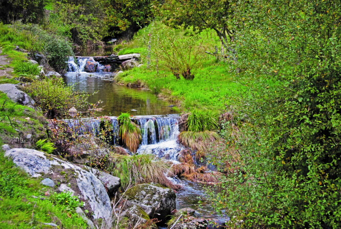 Fluss Arnoia - Serra de San Mamede