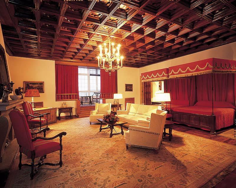 Hoteles parador hostal dos reis cat licos en santiago de - Donde alojarse en galicia ...