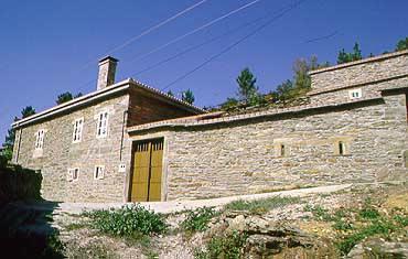 Turismo rural casa trigueira en lal n pontevedra galicia - Casa rural lalin ...