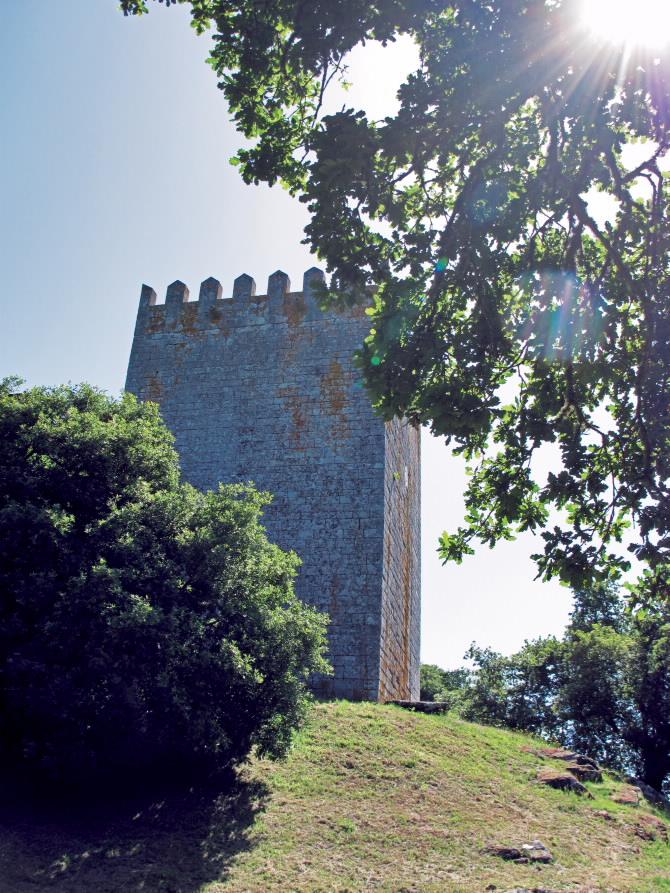 Torre - Fortaleza de Friol