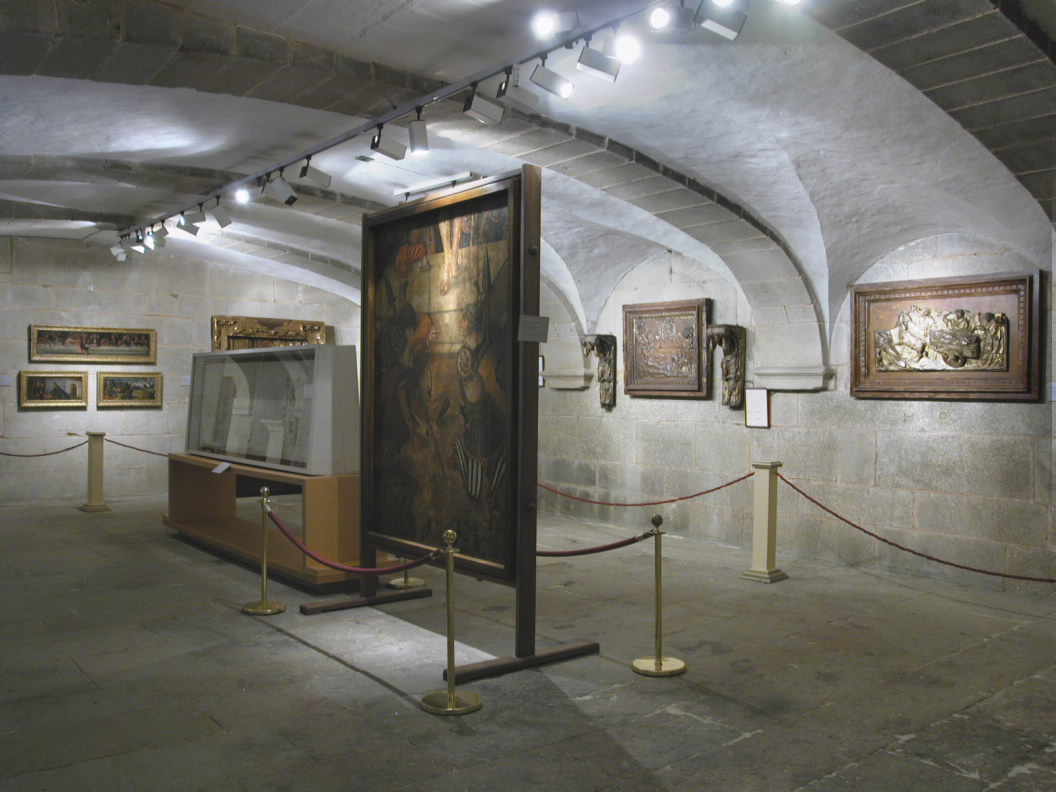 Armarios A Medida Santiago De Compostela : Museums and collections to visit museo da catedral de