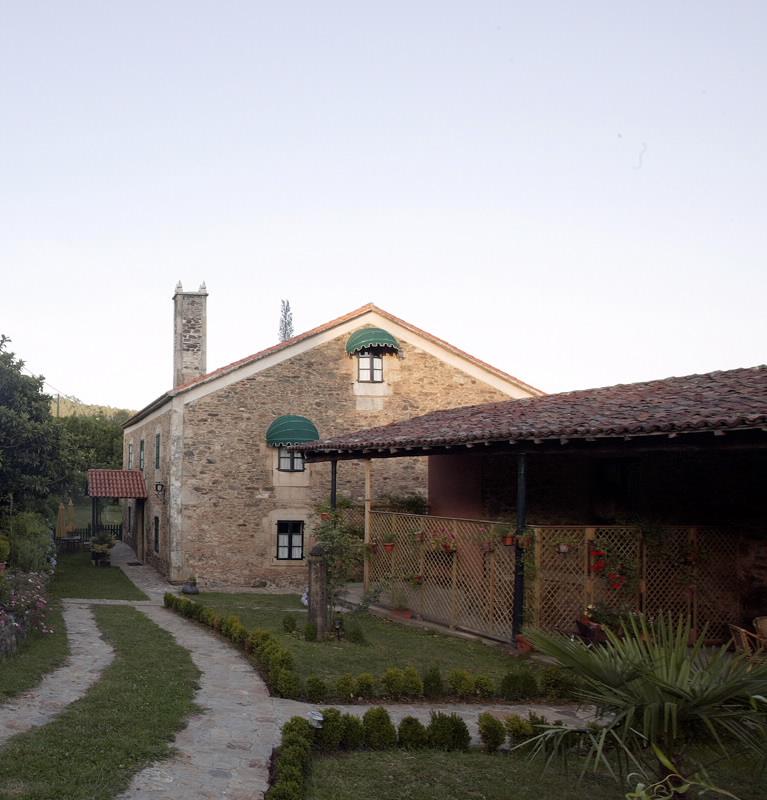 Turismo rural casa dos cregos en vila de cruces pontevedra galicia - Casa dos cregos ...