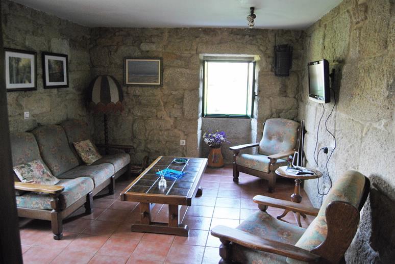 Turismo rural a casa de aranza en soutomaior pontevedra - Casas moviles en galicia ...