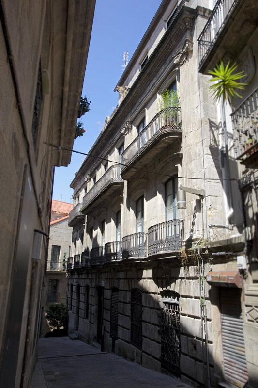 Edificio singular casa b rcena en vigo pontevedra galicia for Casa planta vigo