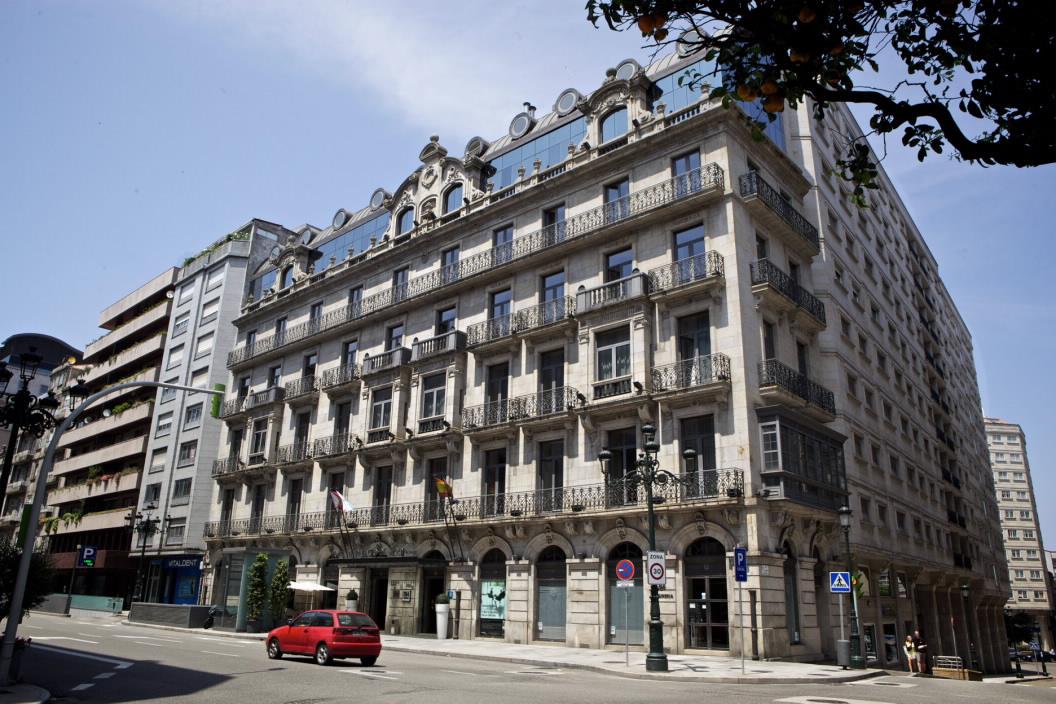 Edificio singular casas de oya en vigo pontevedra galicia - Casa galeguesa vigo ...