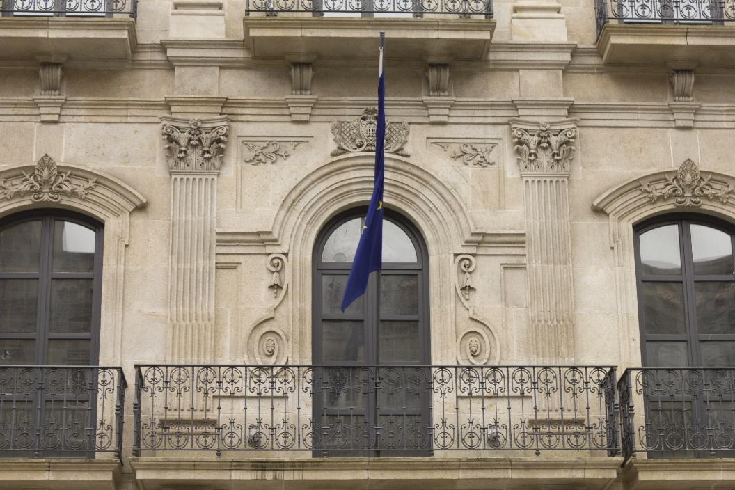 Edificio singular casa odriozola en vigo pontevedra galicia for Casa planta vigo