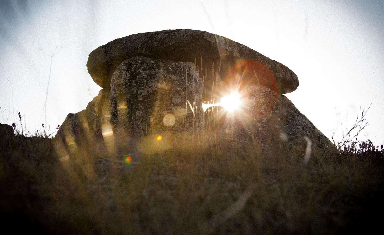 オウレンセ県:魅惑の石 - ガリシア州
